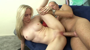 Casting X hot de Kendi la blondasse